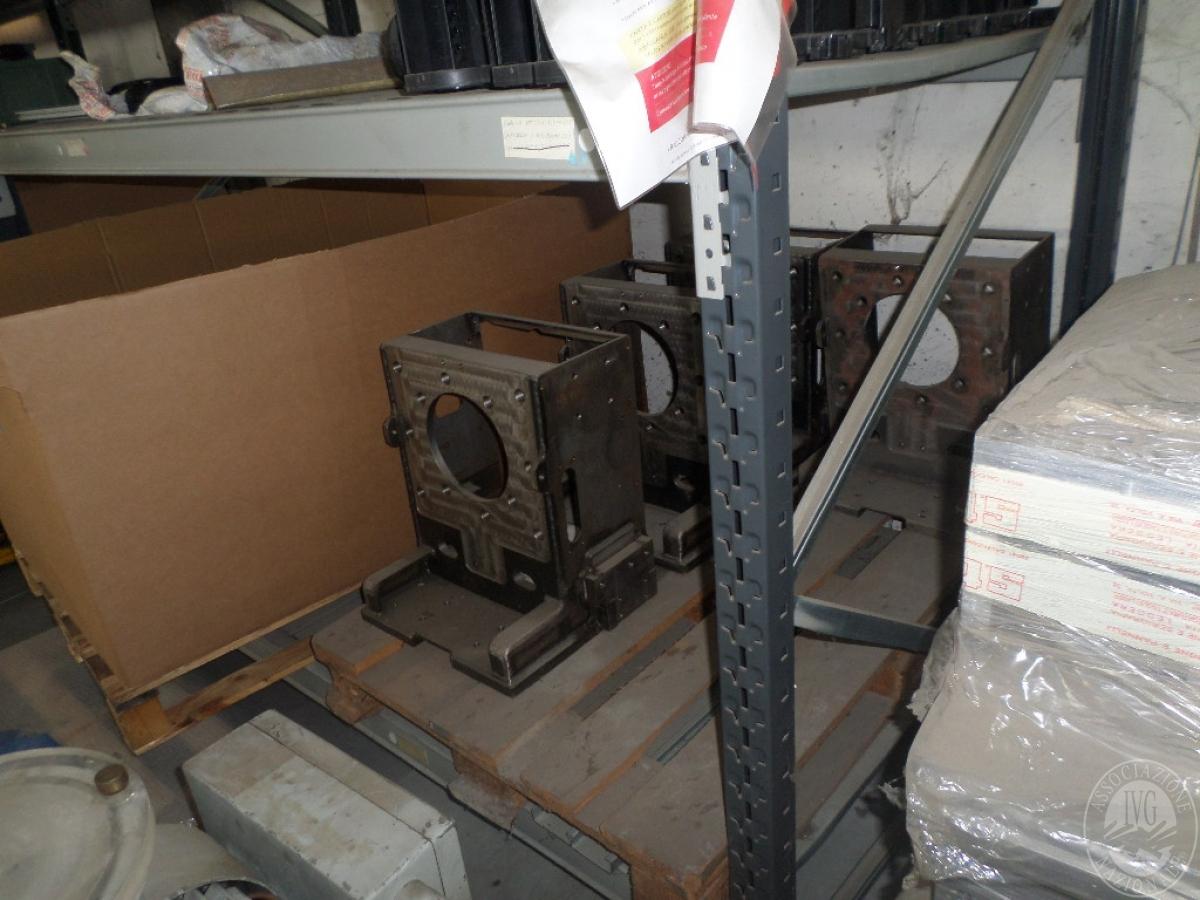 Importante magazzino componenti costruzione e ricambistica macchinari lavorazione legno 21