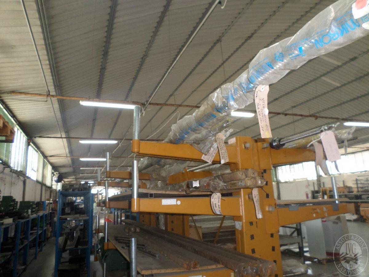 Importante magazzino componenti costruzione e ricambistica macchinari lavorazione legno 24