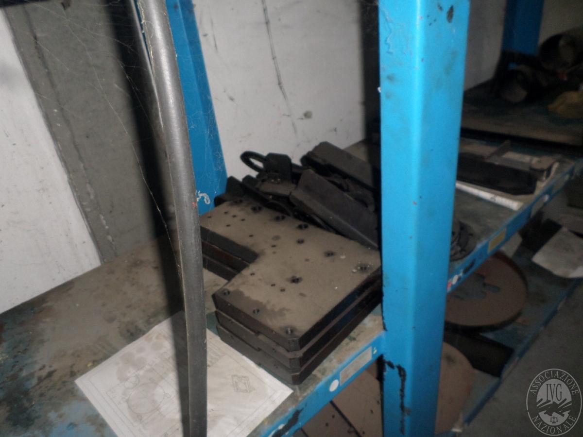 Importante magazzino componenti costruzione e ricambistica macchinari lavorazione legno 27