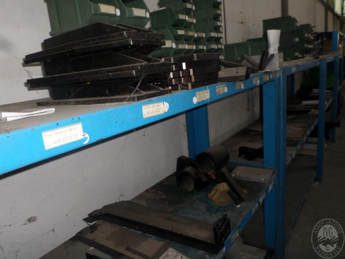 Importante magazzino componenti costruzione e ricambistica macchinari lavorazione legno 28