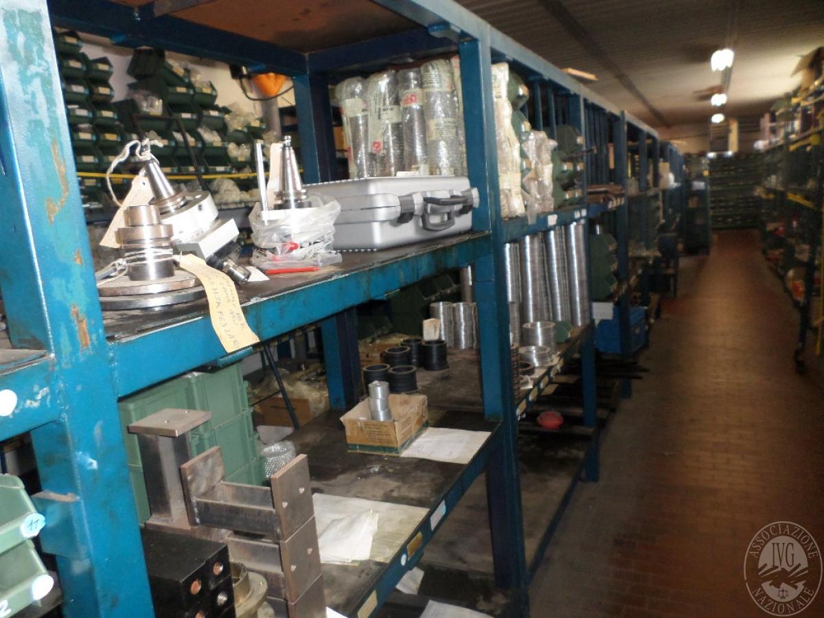 Importante magazzino componenti costruzione e ricambistica macchinari lavorazione legno 37