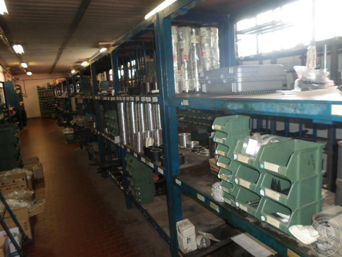 Importante magazzino componenti costruzione e ricambistica macchinari lavorazione legno 36