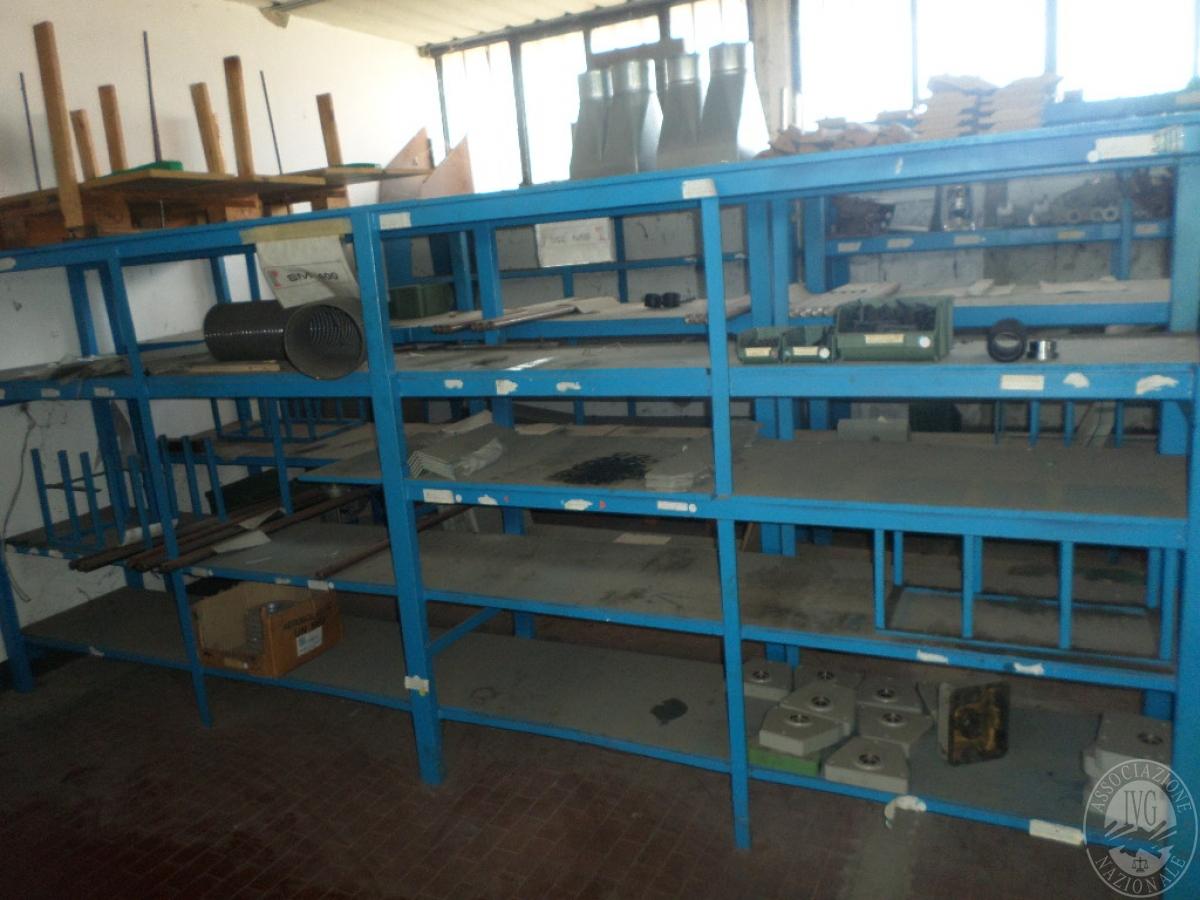 Importante magazzino componenti costruzione e ricambistica macchinari lavorazione legno 40