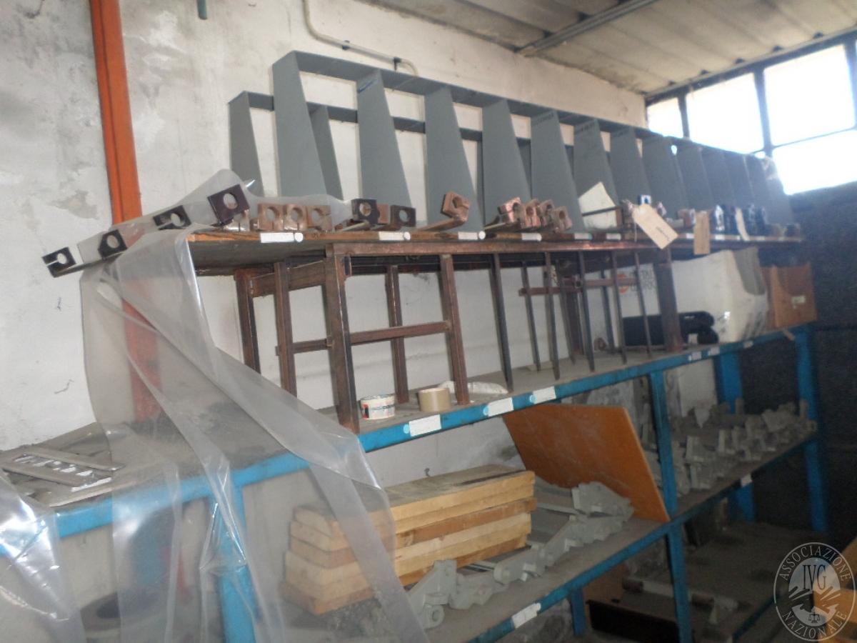 Importante magazzino componenti costruzione e ricambistica macchinari lavorazione legno 39