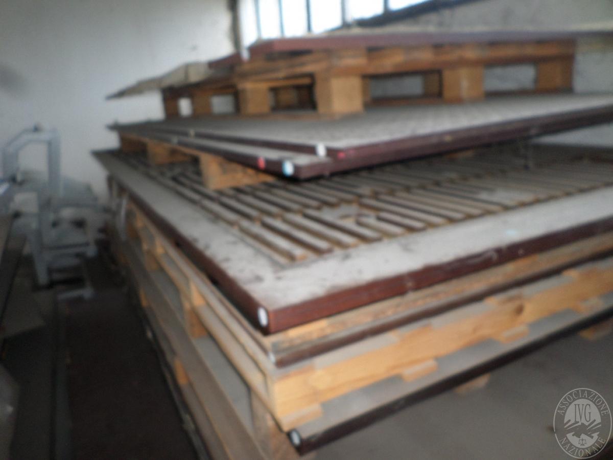 Importante magazzino componenti costruzione e ricambistica macchinari lavorazione legno 45