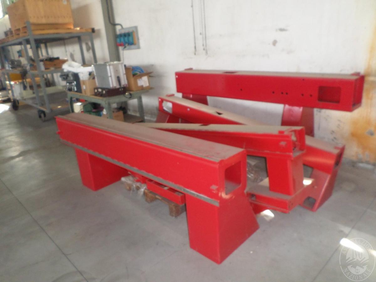 Importante magazzino componenti costruzione e ricambistica macchinari lavorazione legno 44