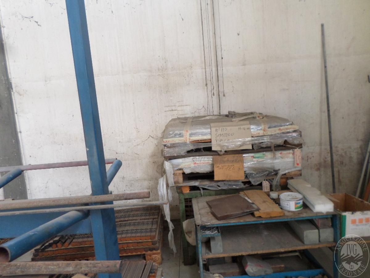 Importante magazzino componenti costruzione e ricambistica macchinari lavorazione legno 48