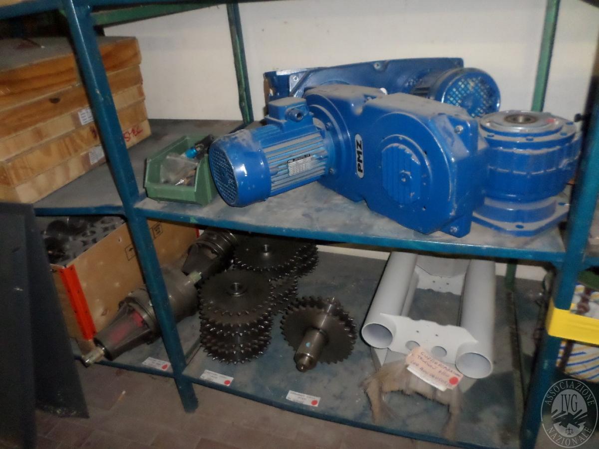 Importante magazzino componenti costruzione e ricambistica macchinari lavorazione legno 55