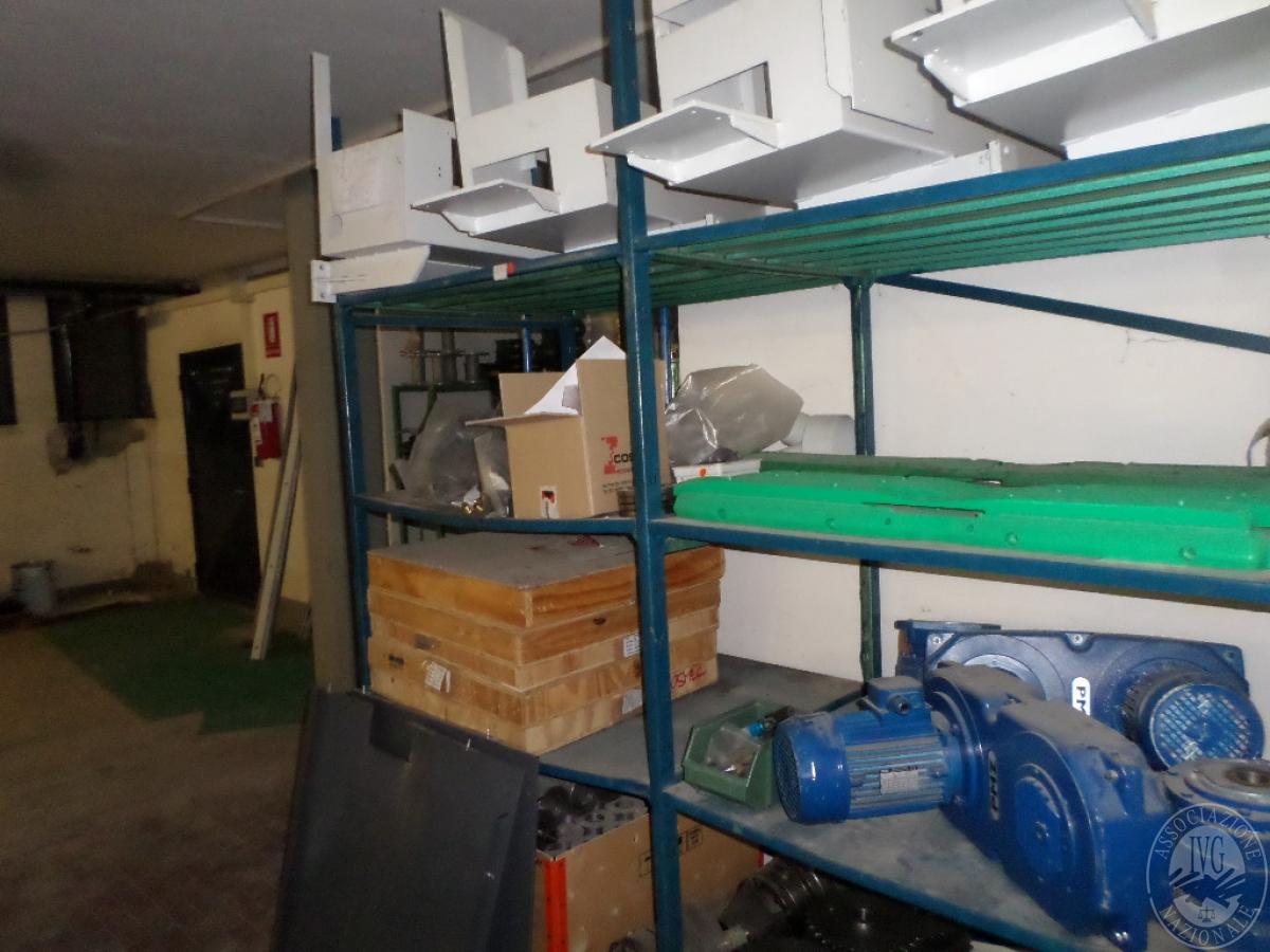 Importante magazzino componenti costruzione e ricambistica macchinari lavorazione legno 54