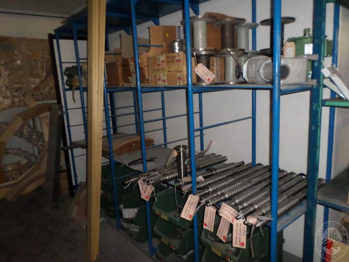 Importante magazzino componenti costruzione e ricambistica macchinari lavorazione legno 57