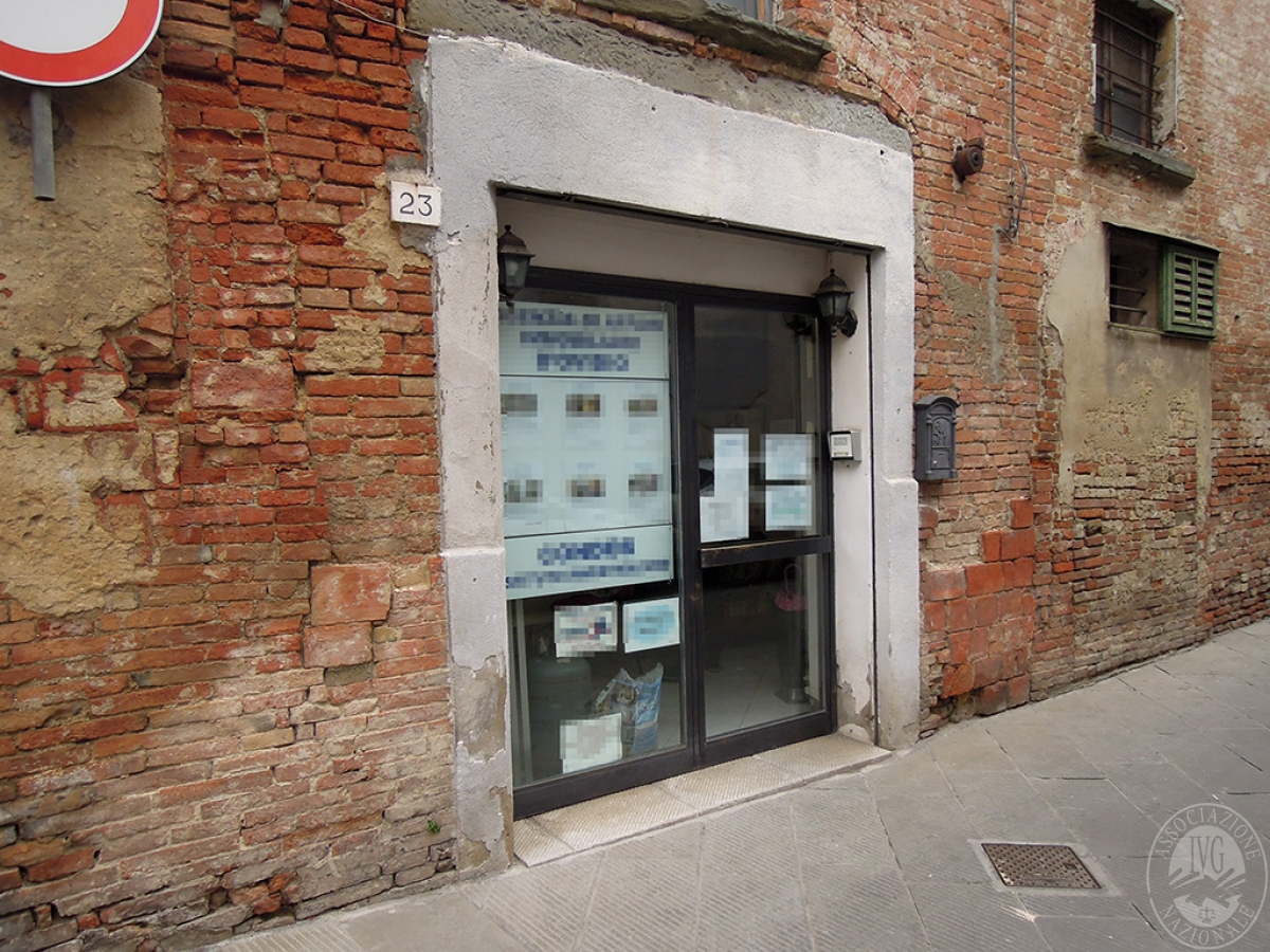 Locale commerciale a FOIANO DELLA CHIANA - Lotto 1