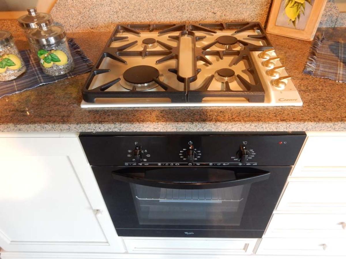 Rif. 68) Cucina in legno bianco  VENDITA ONLINE