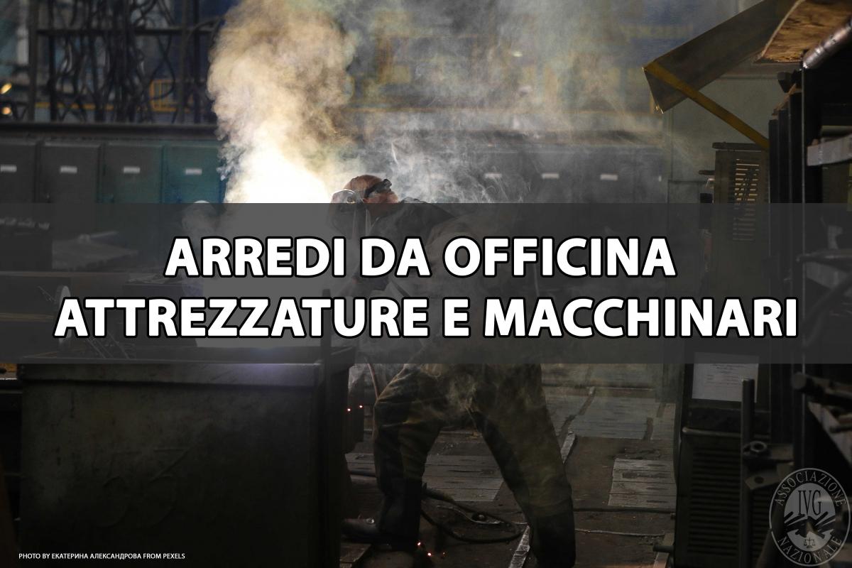 ARREDI DA OFFICINA  ATTREZZATURE E MACCHINARI