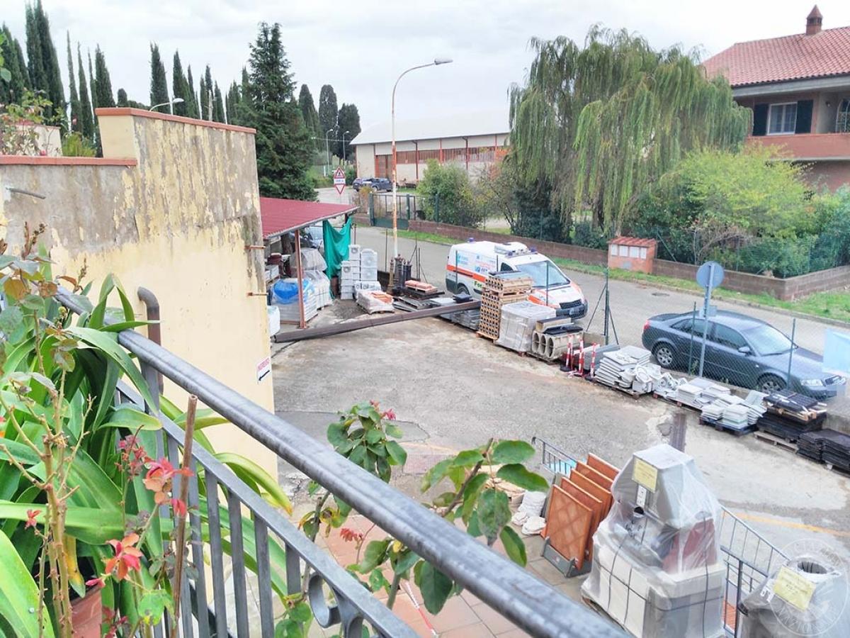 Appartamento e magazzino a CASTELNUOVO BERARDENGA 13