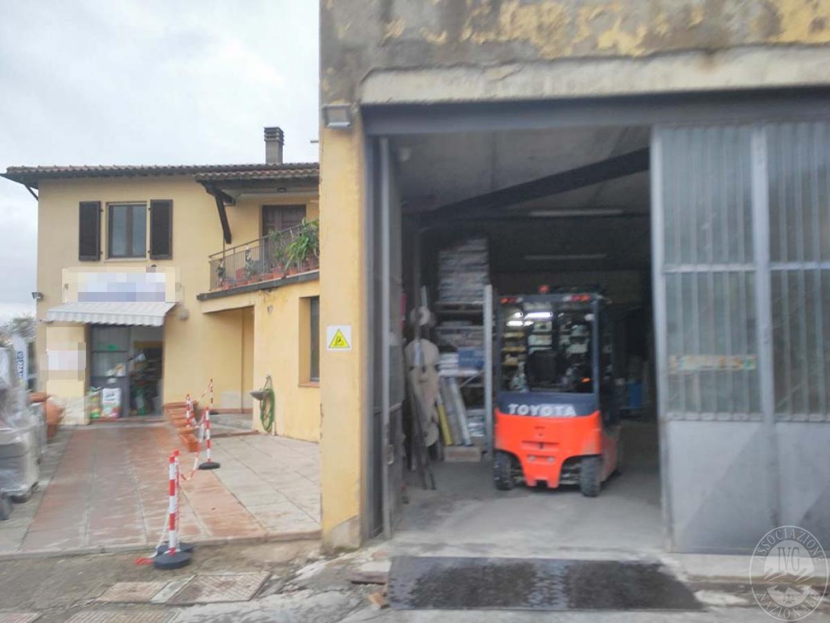 Appartamento e magazzino a CASTELNUOVO BERARDENGA 25