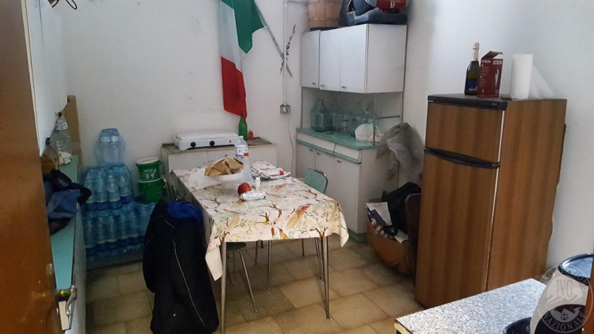Officina a LATERINA in fraz. Ponticino, Via XXV Aprile 10