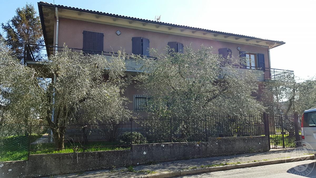 Appartamento e laboratorio a BUCINE in Via Gaetano Doninzetti