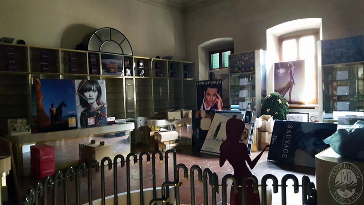 Negozio a MONTEVARCHI in Via Roma - Lotto B 5