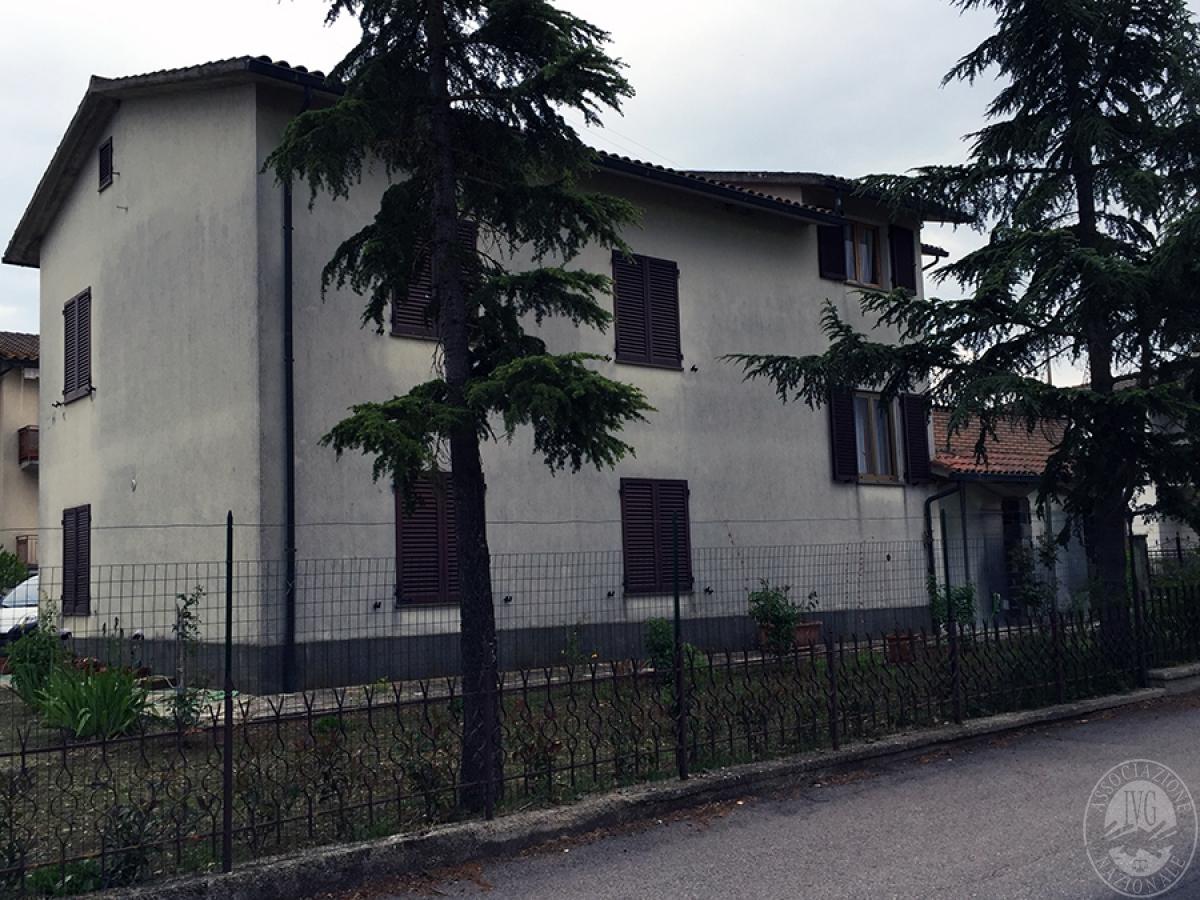 Appartamento a CASTIGLION D'ORCIA in Via del Colombaio - Lotto 1