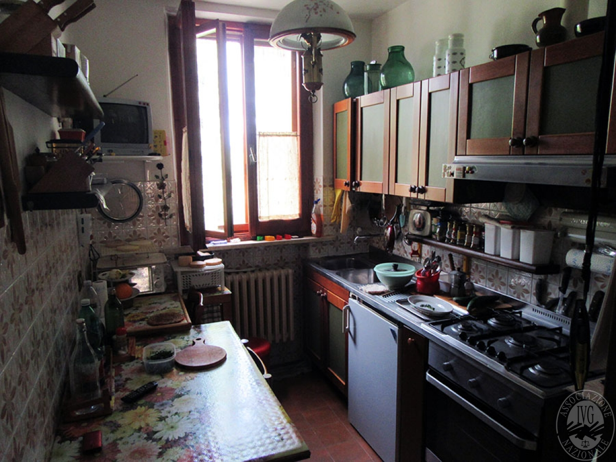 Appartamento a CHIUSI in loc. Montebello 4