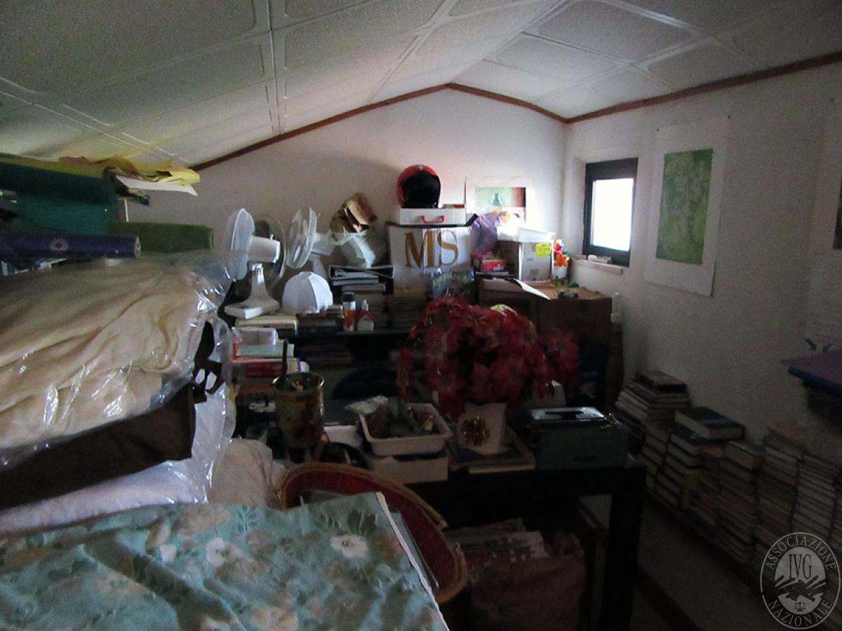 Appartamento a CHIUSI in loc. Montebello 9