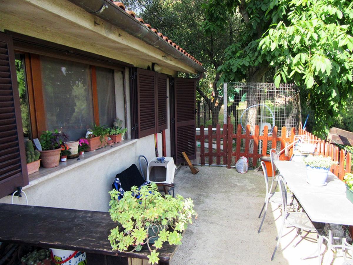 Appartamento a CHIUSI in loc. Montebello 15