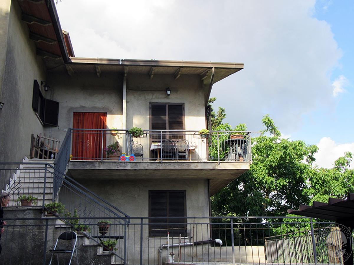 Appartamento a CHIUSI in loc. Montebello 35