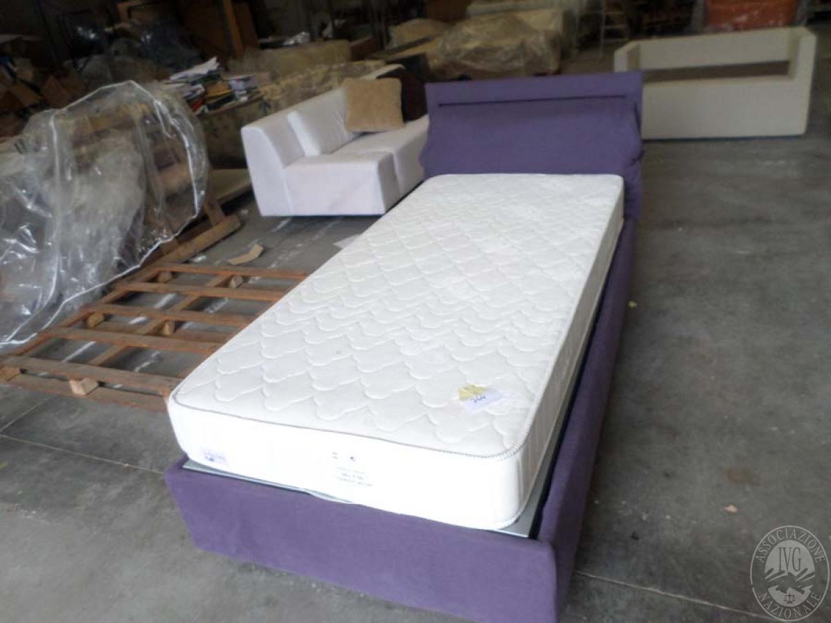 LOTTO 12: rif. 764) fiocco letto singolo con contenitore       VENDITA ONLINE