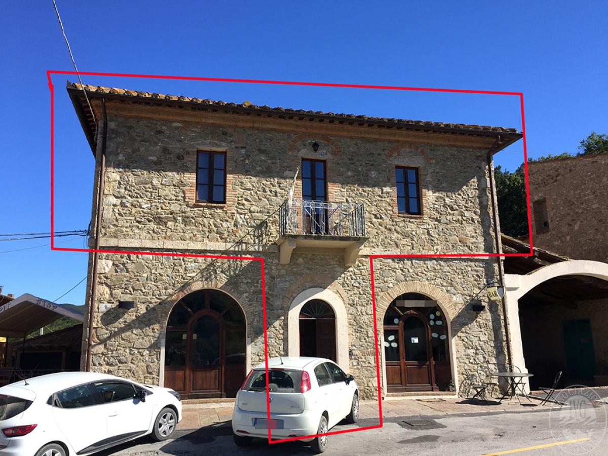 3 appartamenti a CASTIGLIONE D'ORCIA - Lotto 2