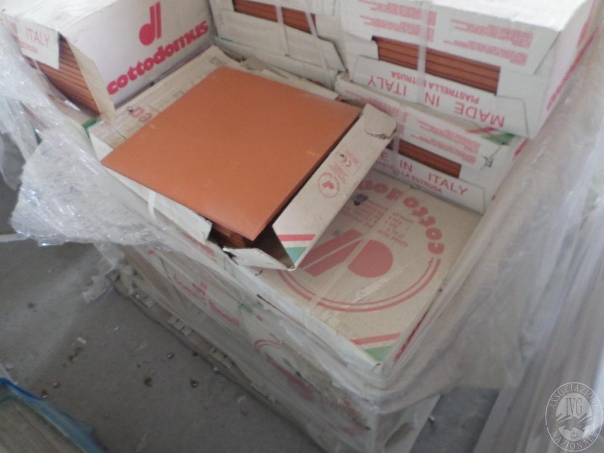 Piastrelle in cotto + listelli in legno    VENDITA ONLINE 4