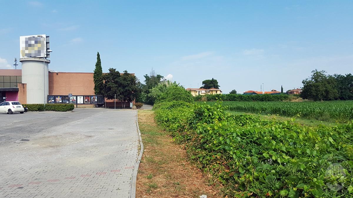 Parcheggio pubblico a MONTEVARCHI in Via della Farnia - Lotto 5 2