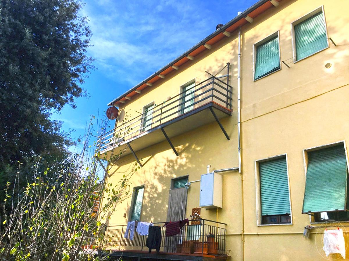 Appartamento e laboratorio a PRATOVECCHIO STIA in Piazza Paolo Uccello - Lotto 1