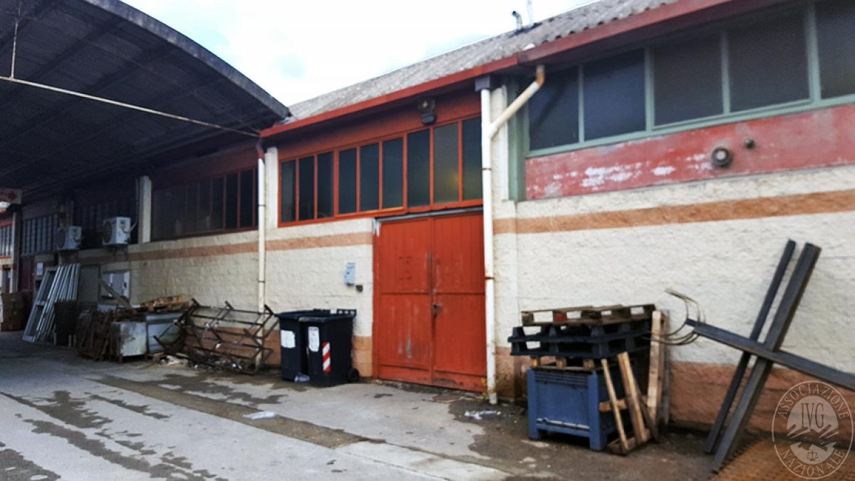 Fabbricato artigianale a TERRANUOVA BRACCIOLINI in frazione Penna