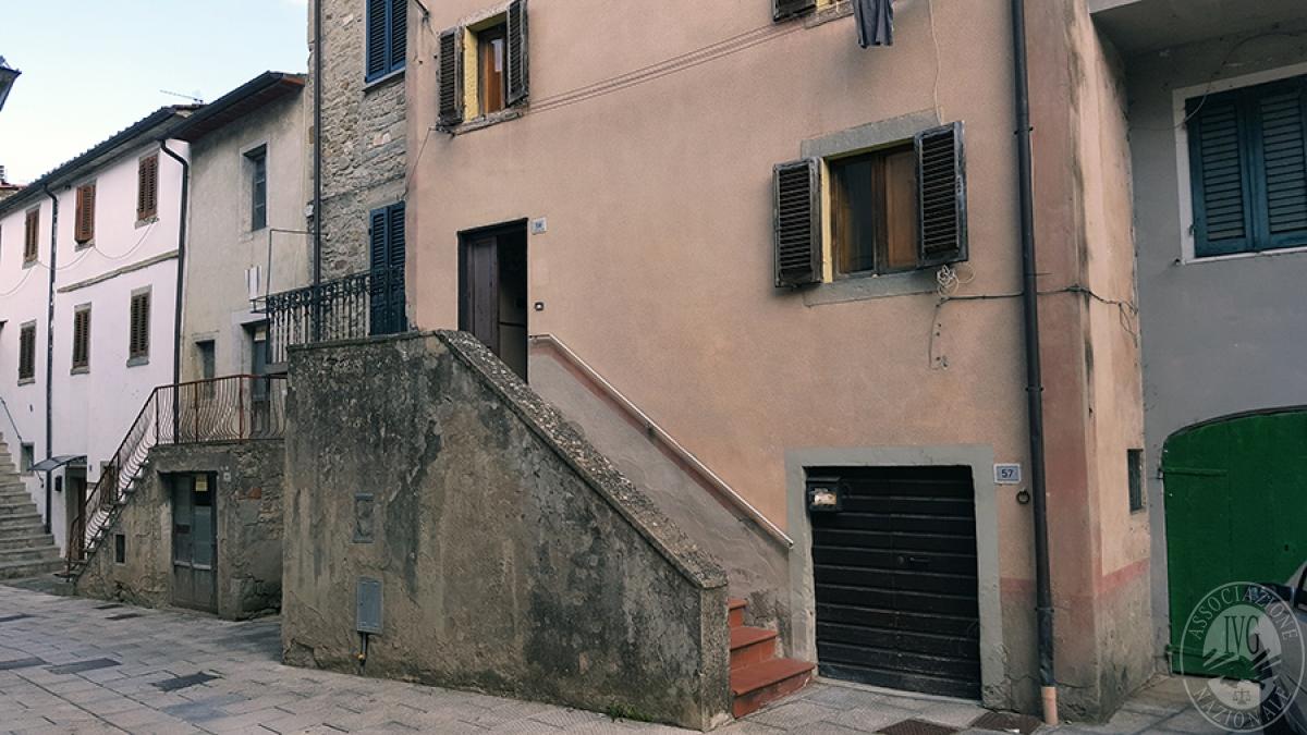 Appartamento a SUBBIANO in Via S. Mama 0