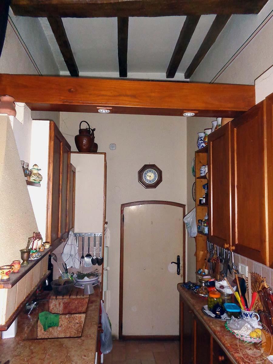 Appartamento, garage e laboratorio a CHIUSI in Via Santo Stefano - Lotto 3 1