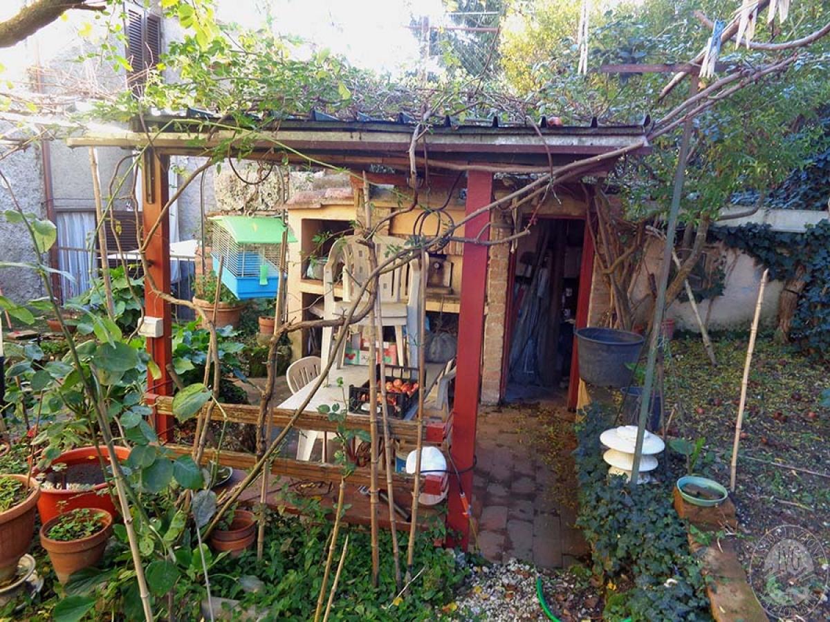 Appartamento, garage e laboratorio a CHIUSI in Via Santo Stefano - Lotto 3 16