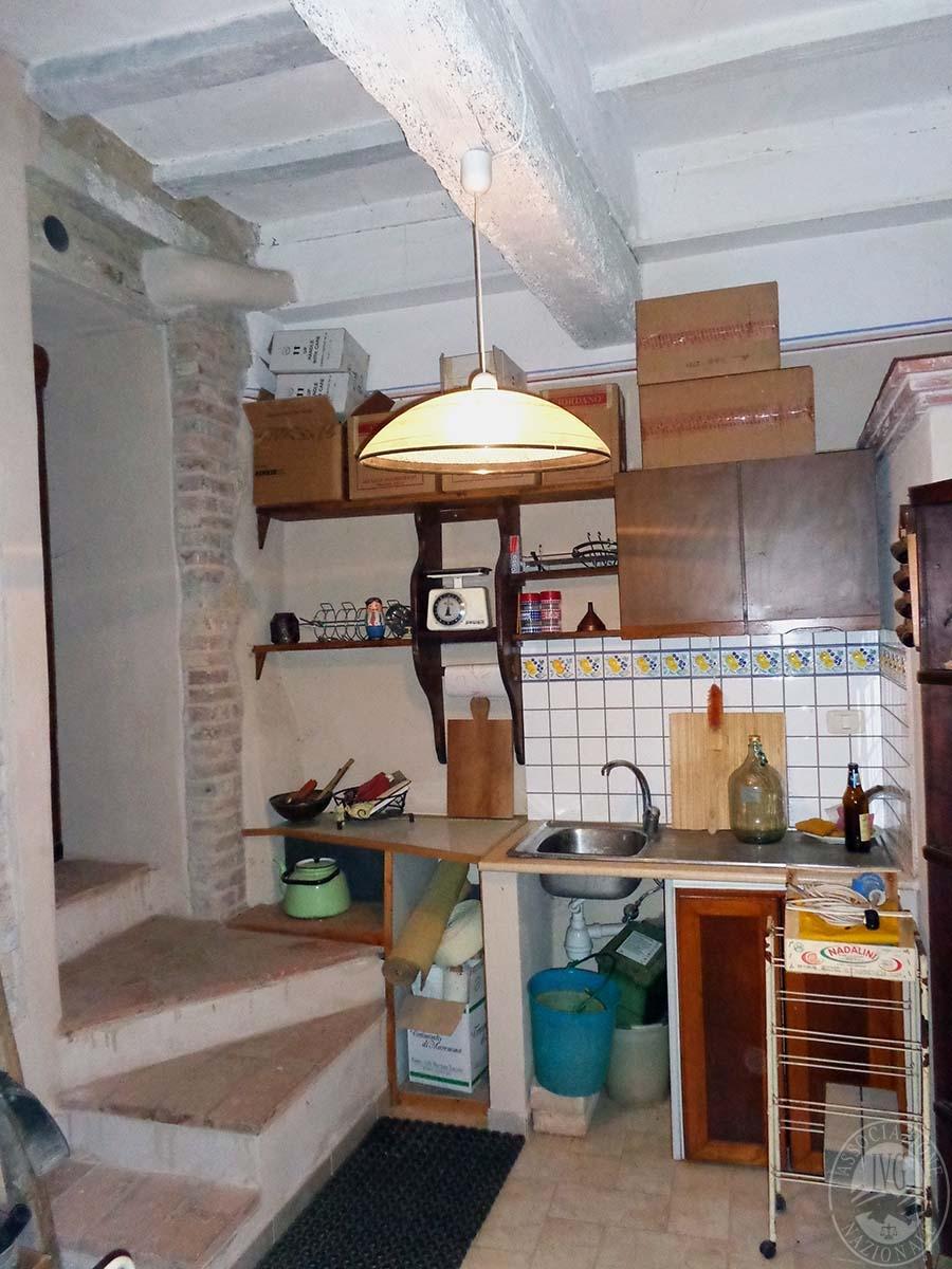 Appartamento, garage e laboratorio a CHIUSI in Via Santo Stefano - Lotto 3 21