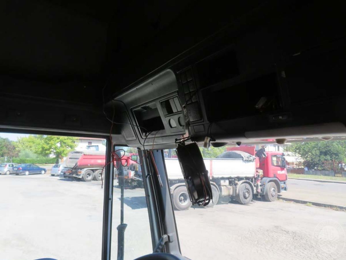 Rif. 13) Autocarro Iveco Magirus 190E EuroTech       VENDITA 7 OTTOBRE 2020 CON GARA ONLINE RACCOLTA DI OFFERTE 19