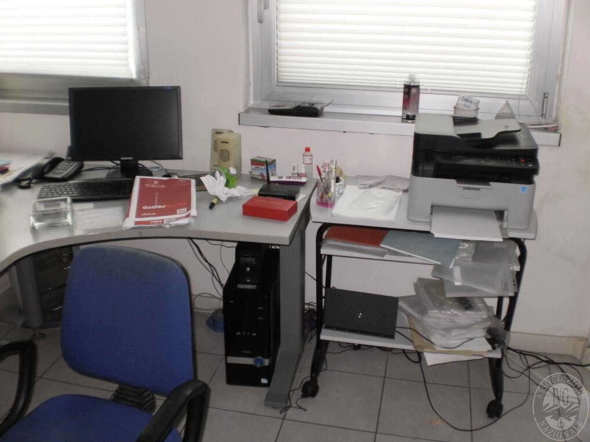 N. 2 casseforti + arredo e macchine per ufficio