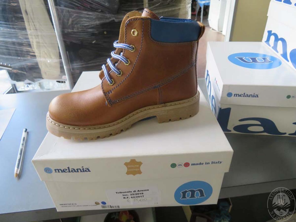 Pancale 1) Circa 230 paia di scarpe sportive    GARA ONLINE 24 NOVEMBRE 2020