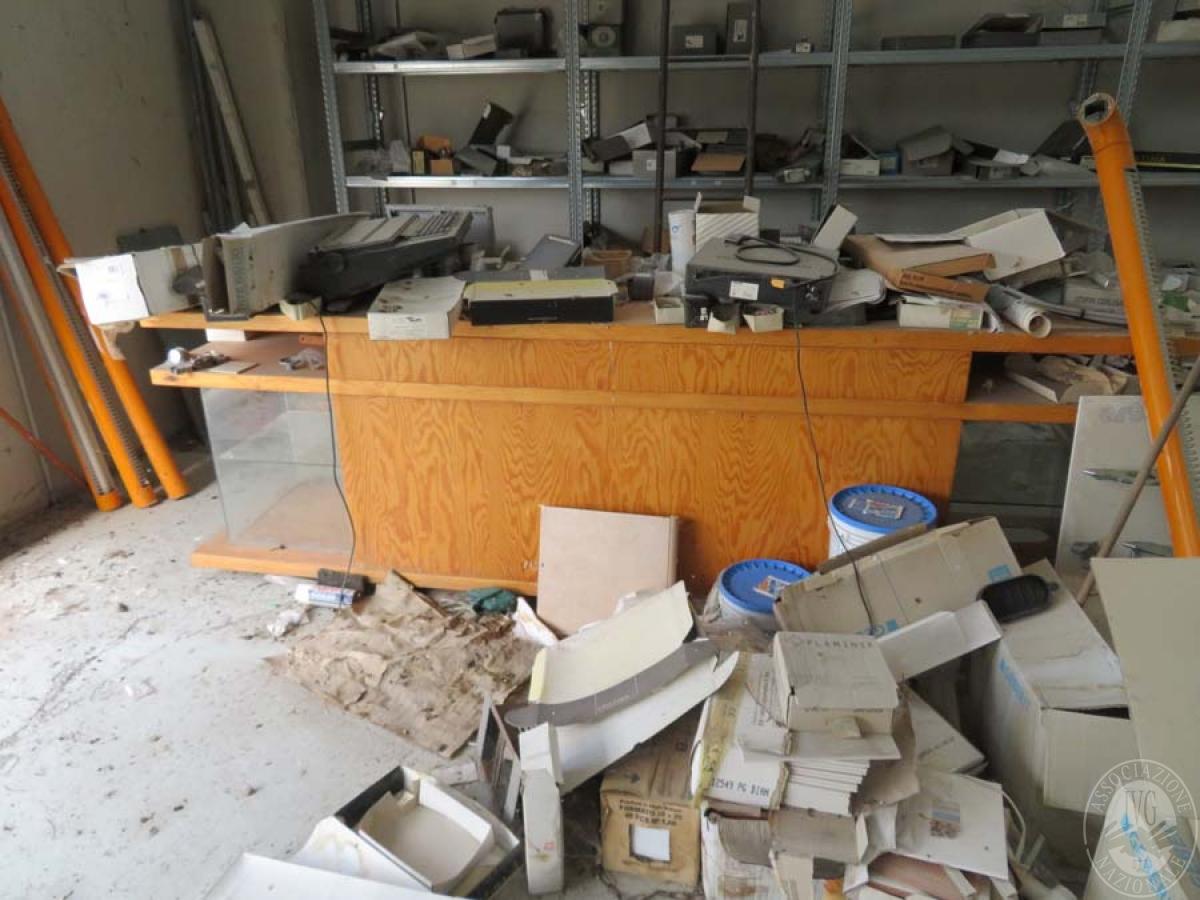 Materiale edile + arredo ufficio    GARA ONLINE 28 MAGGIO 2021 7