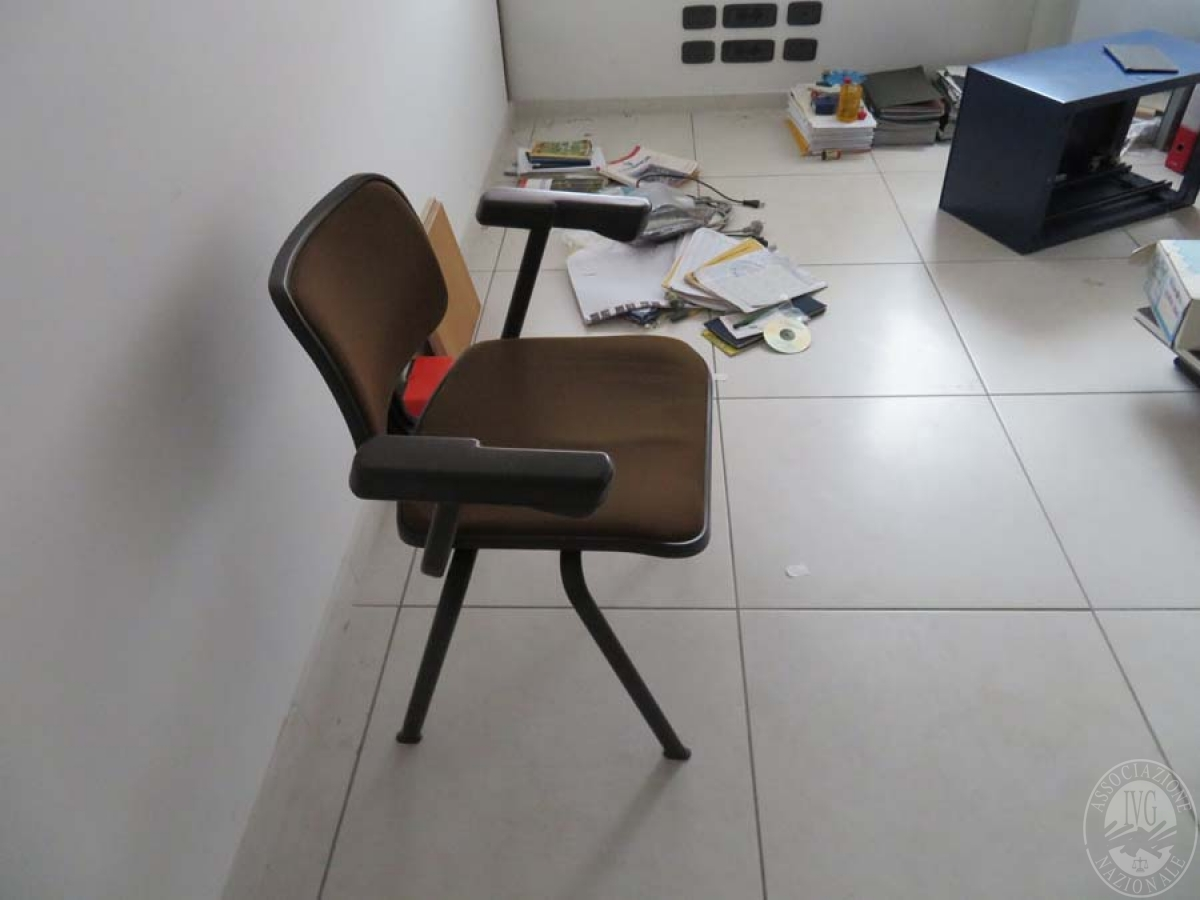 Materiale edile + arredo ufficio    GARA ONLINE 28 MAGGIO 2021 16