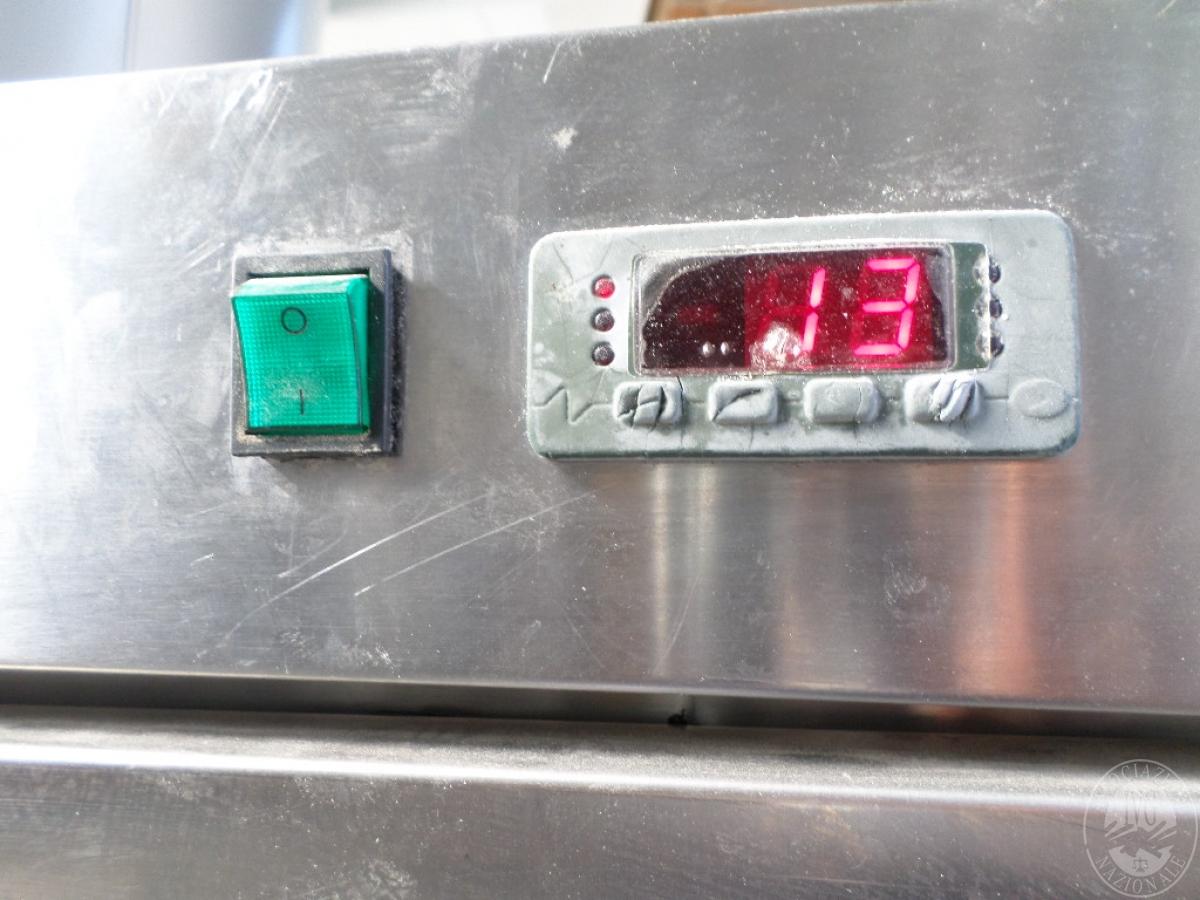 N. 2 frigoriferi in acciaio verticali   GARA ONLINE 1 OTTOBRE 2021 0
