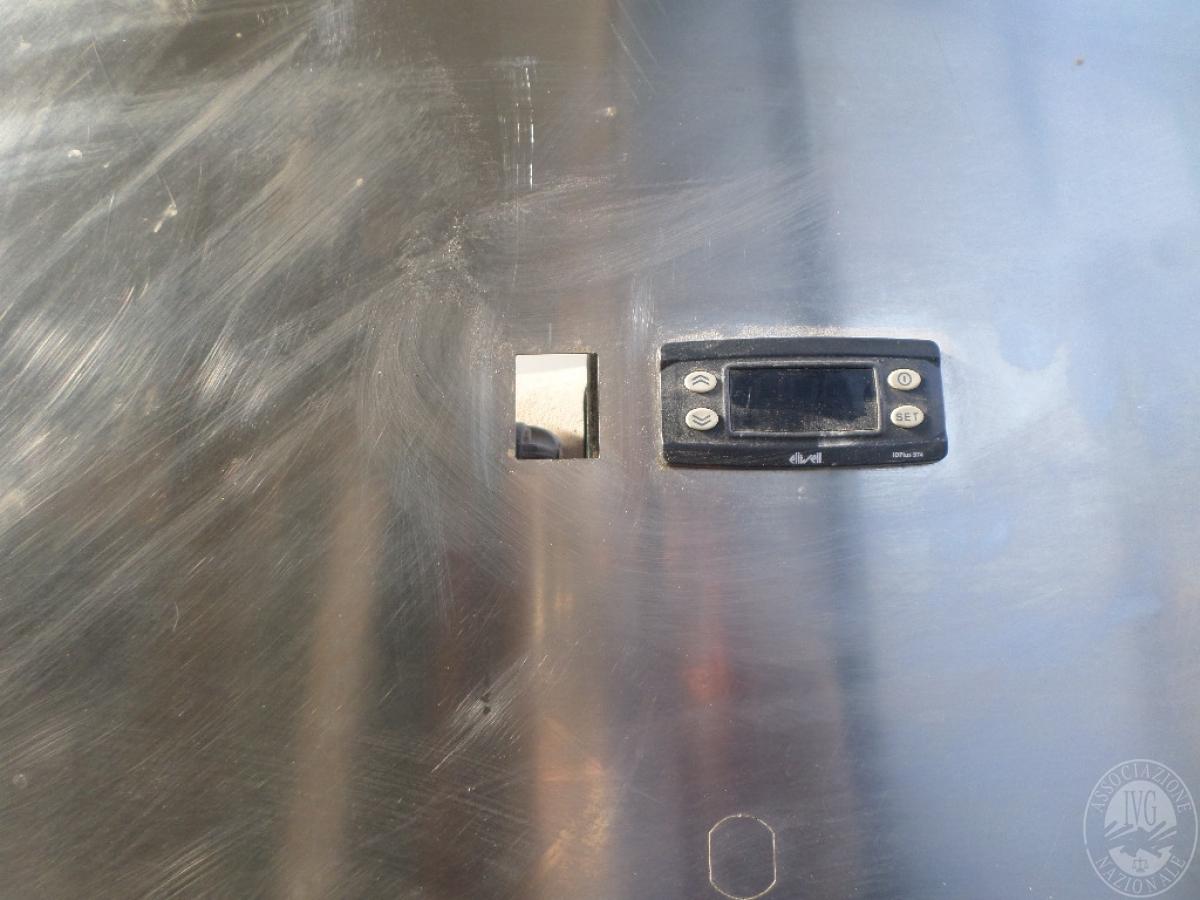 N. 2 frigoriferi in acciaio verticali   GARA ONLINE 1 OTTOBRE 2021 6