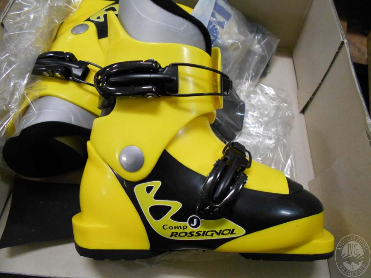 Circa 80 paia di scarponi da sci    GARA ONLINE 14 MAGGIO 2021