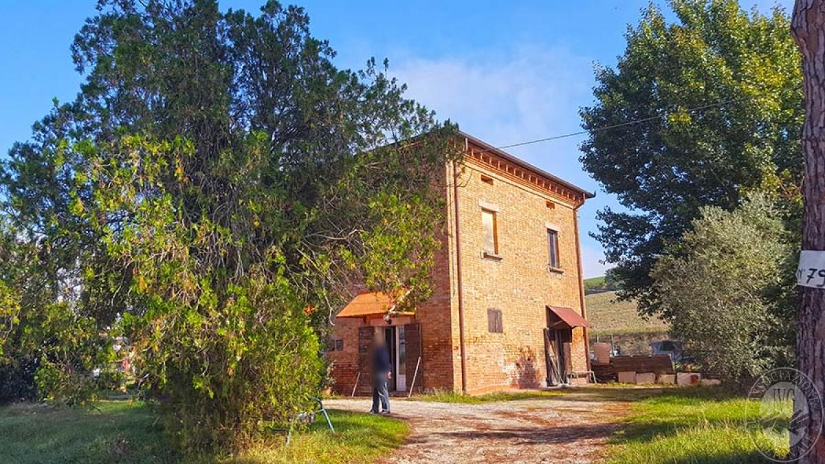 Casa colonica a CORTONA in C.S. Chianacce 0