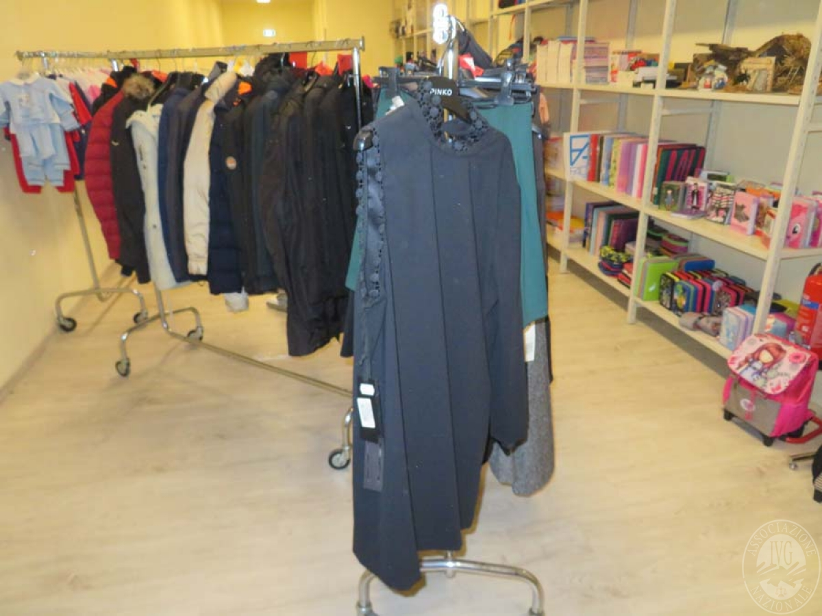 Abbigliamento vario marca NIKE, ARMANI, palloni NIKE, ADIDAS, scarpe calcio NIKE, ADIDAS e altro   GARA ONLINE 21 MAGGIO 2021 42