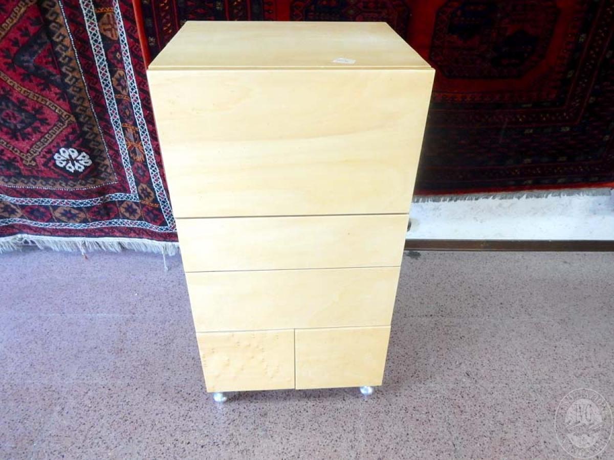 Rif. 5) Arredo di design : Cassettiera in legno di betulla       GARA ONLINE 29 OTTOBRE 2021 0