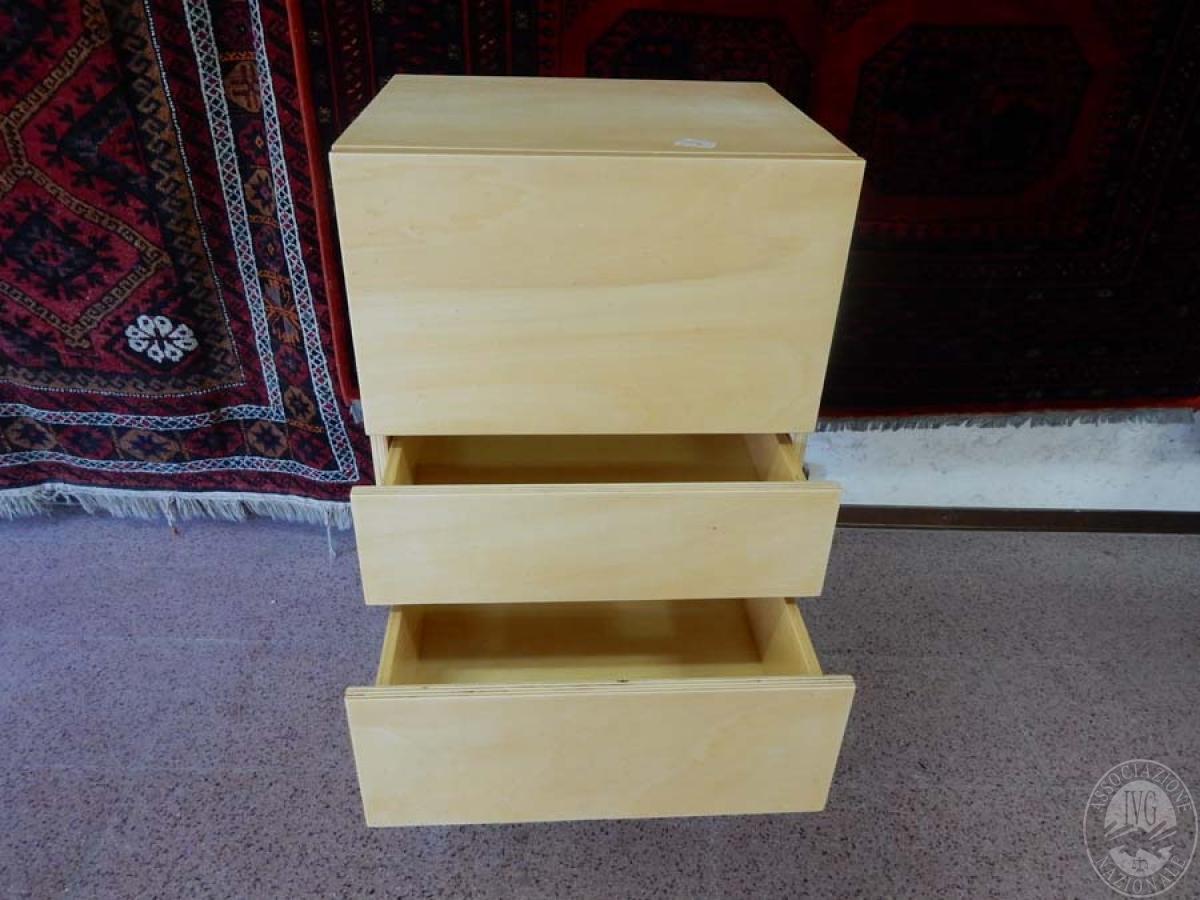 Rif. 5) Arredo di design : Cassettiera in legno di betulla       GARA ONLINE 29 OTTOBRE 2021 5