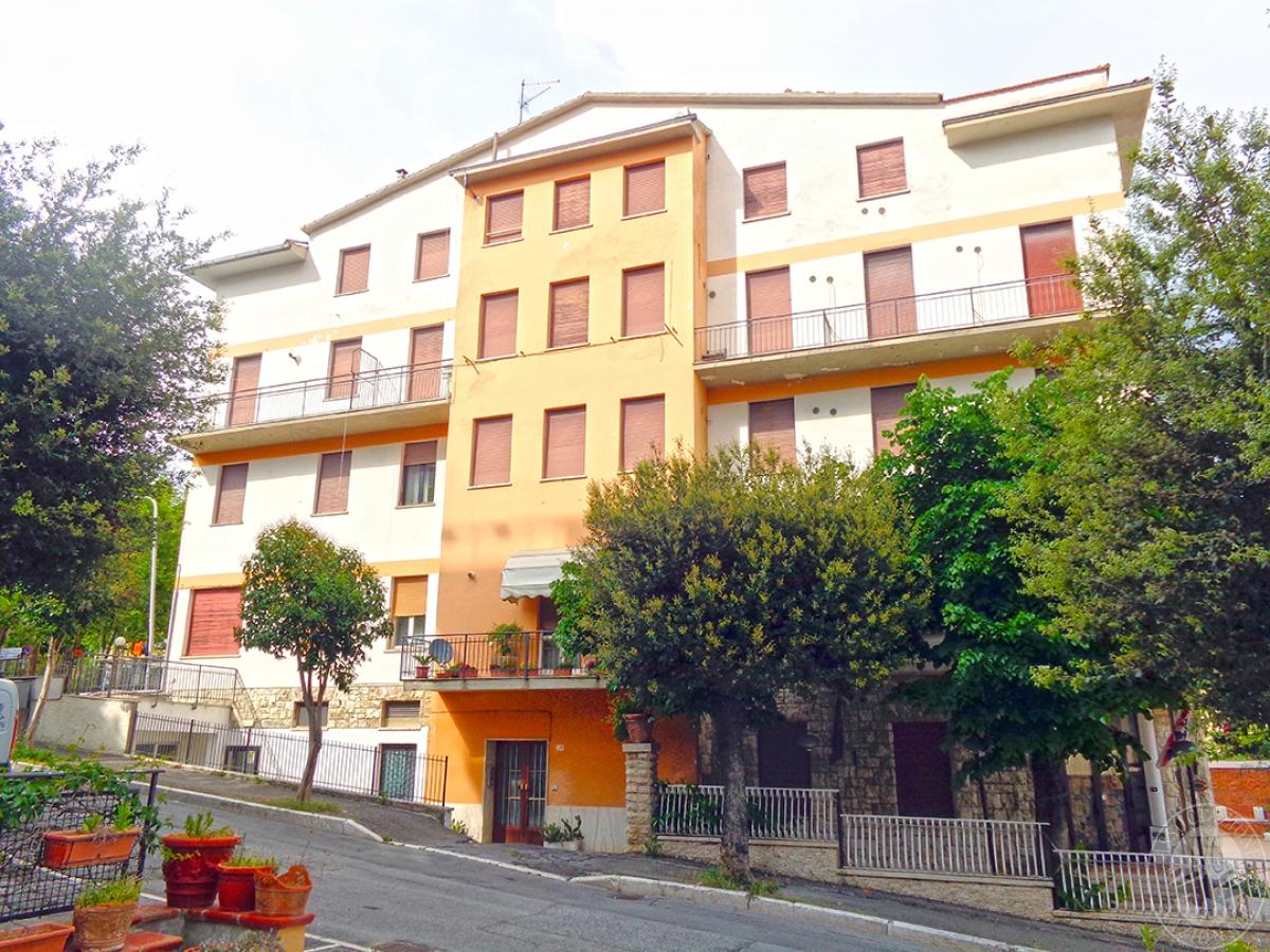 Albergo a CHIANCIANO TERME in Via Paolo Ingegnoli 0